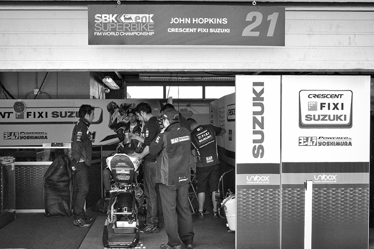 Fixi Crescent Suzuki Garage with John Hopkins